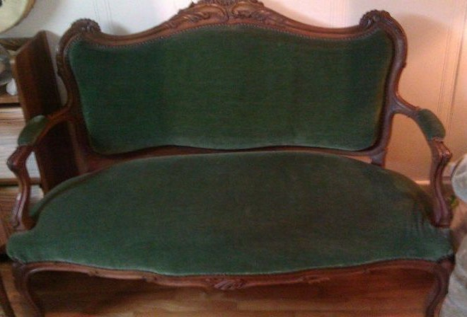Kijiji Montreal Antique Furniture : victorian loveseat e1346459361160 from neises.org size 660 x 448 jpeg 52kB