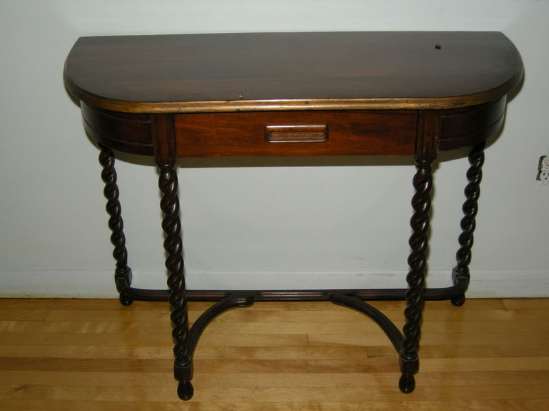 Small Demilune Hall Table oak | montreal digs