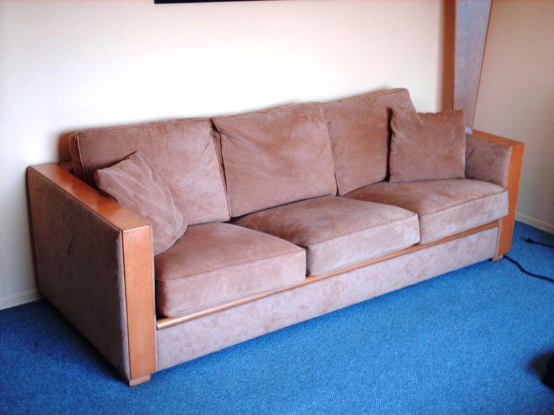 10 cool furniture finds on kijiji craigslist montreal montreal digs. Black Bedroom Furniture Sets. Home Design Ideas