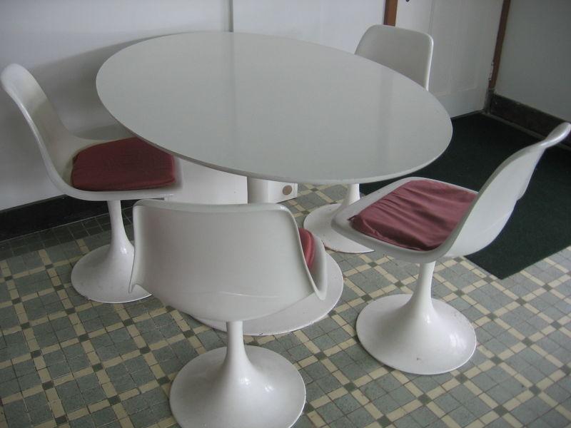 Vintage Furniture Round Up