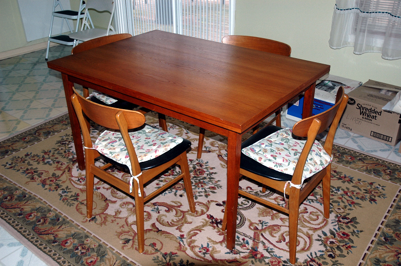 October 2012 Montreal Digs Page 3 : teak dining set canadian from montrealdigs.wordpress.com size 800 x 531 jpeg 406kB