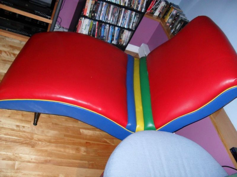 Batten down vintage furniture finds at kijiji montreal montreal digs - Chaises eames montreal ...