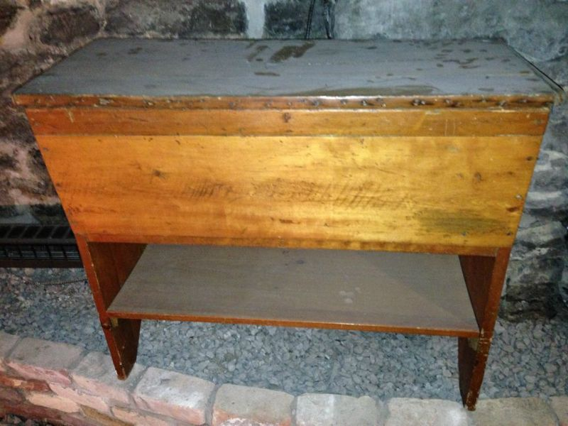 Quebec Antique Bread Table. Canadian Chic   Vintage Quebec Furniture Finds   Montreal Digs