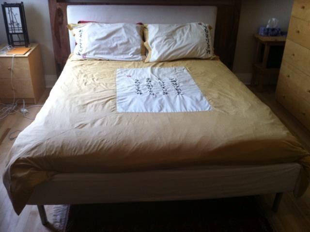 vintage furniture round up kijiji craigslist montreal montreal digs. Black Bedroom Furniture Sets. Home Design Ideas