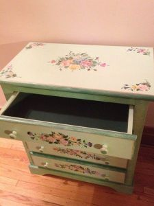 Green.Shabby.Chic.Floral.Chest.Drawers.Pastel