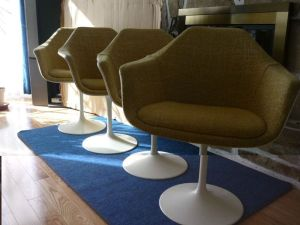 Four.Vintage.Swivel.Tulip.Chairs