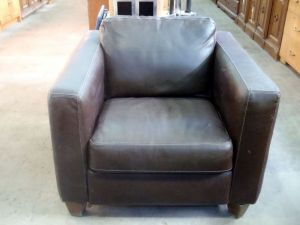 Italsofa.Brown.Leather.Club.Chair