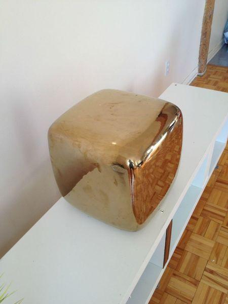 ligne roset montreal digs. Black Bedroom Furniture Sets. Home Design Ideas