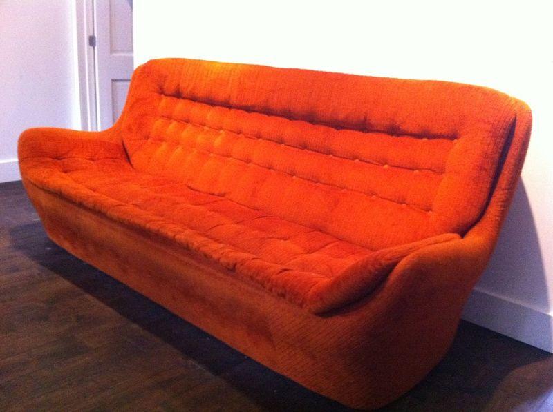 Sofa antique kijiji montreal hereo sofa for Kijiji montreal furniture