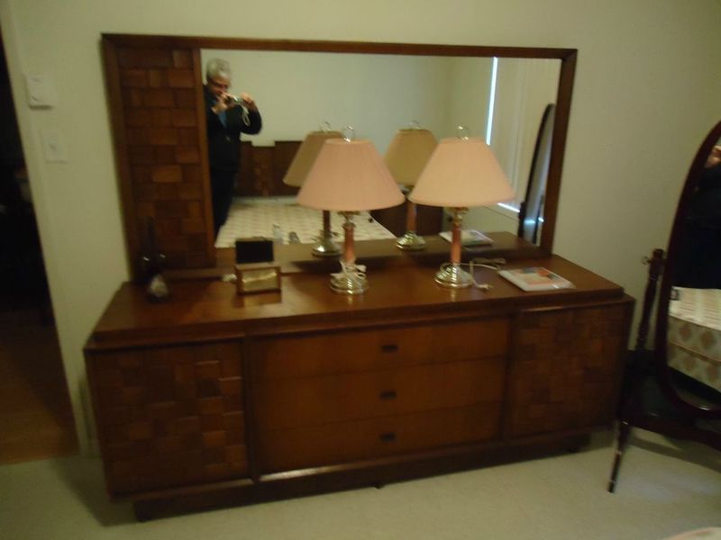 Danish modern montreal digs for Bedroom furniture montreal