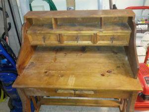 Vintage.Wood.Desk