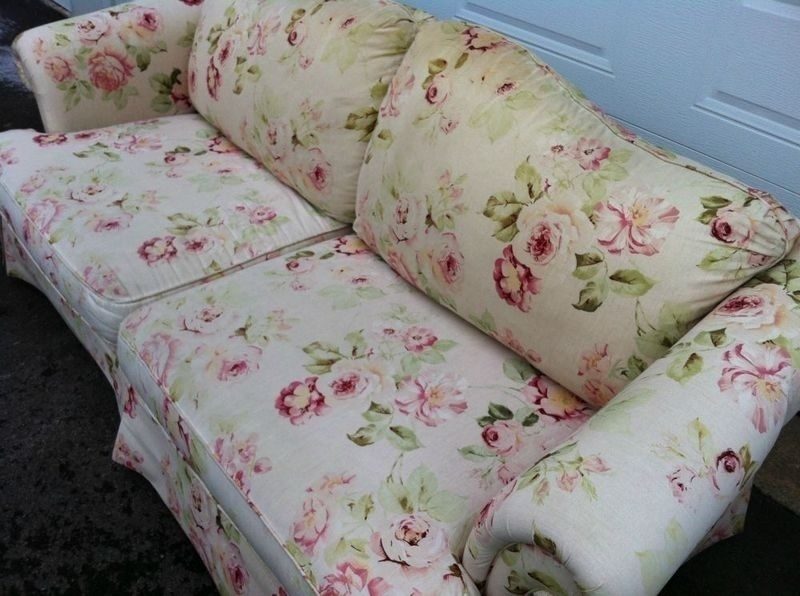 Floral Sofa Prepossessing Of Floral Couches Sofas Picture