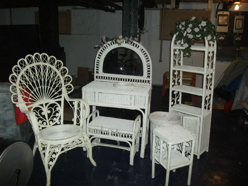 Lbd Kijiji Craigslist Montreal Furniture Montreal Digs