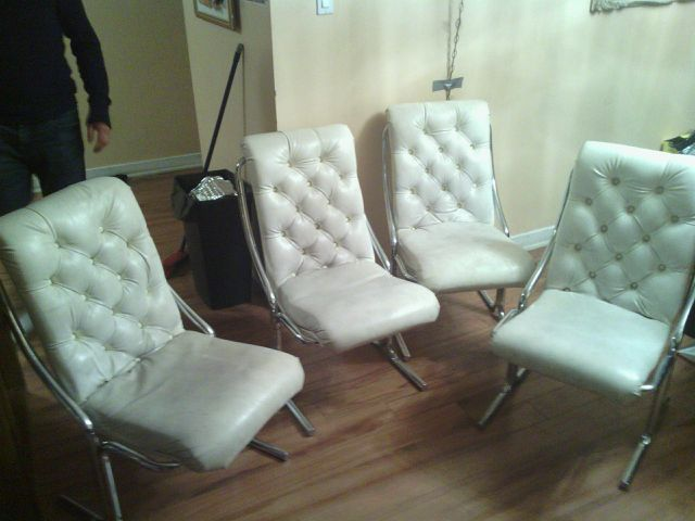 Thrifting montreal digs page 3 for White leather and chrome dining chairs