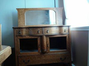 Antique.Sideboard