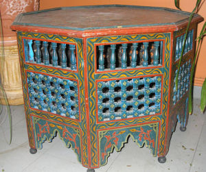 Moroccan.Hexagonal.Painted.Table