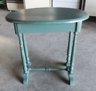 Robin.Egg.Blue.Table