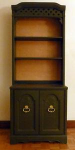 Vintage.Bookshelf