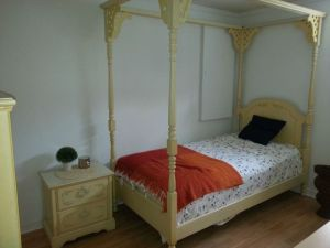Girl.Four.Poster.Bedroom.Set.Trellis