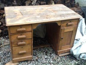 Oak.Desk
