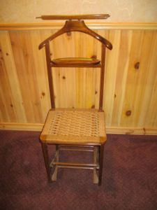 Oak.Valet.Chair