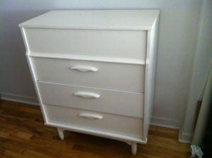 Retro.Dresser