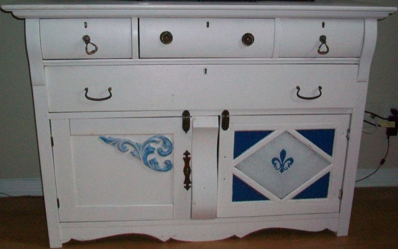 dresser valet furniture