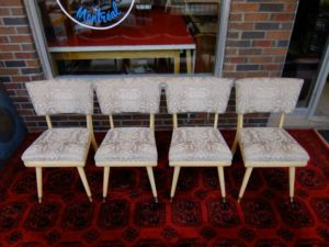 Four.Midcentury.Dining.Chairs