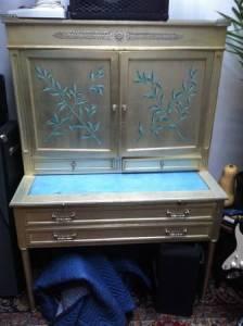 Vintage.Vanity.Table