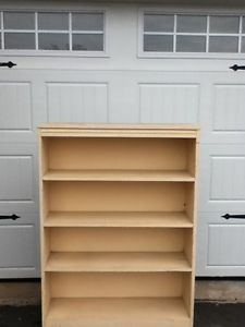 Wood.Bookcase