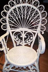 Scroll.Peacock.Wicker.Chair